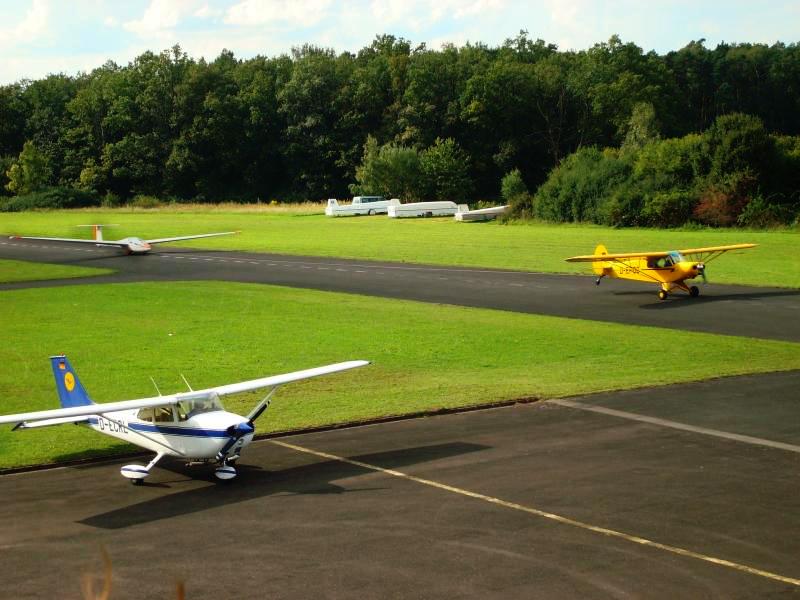 Ein schon etwas älteres Bild vom Flugplatz in Aktion!